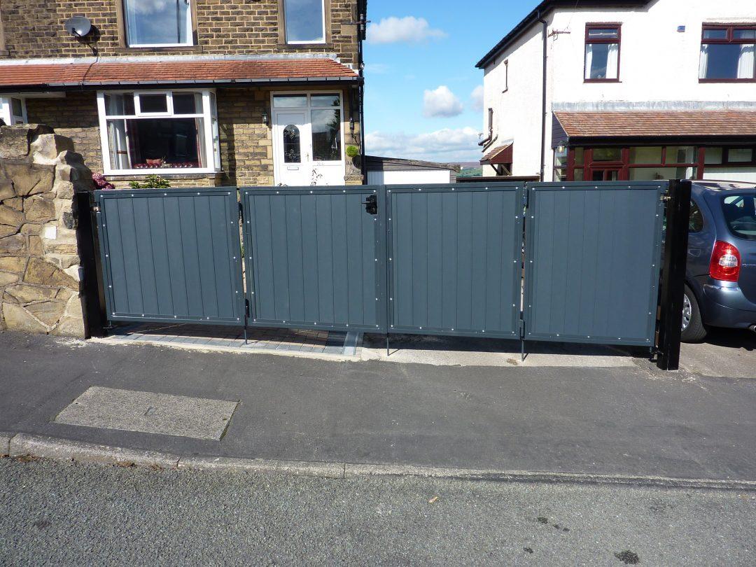 Double Bi-folding Gate